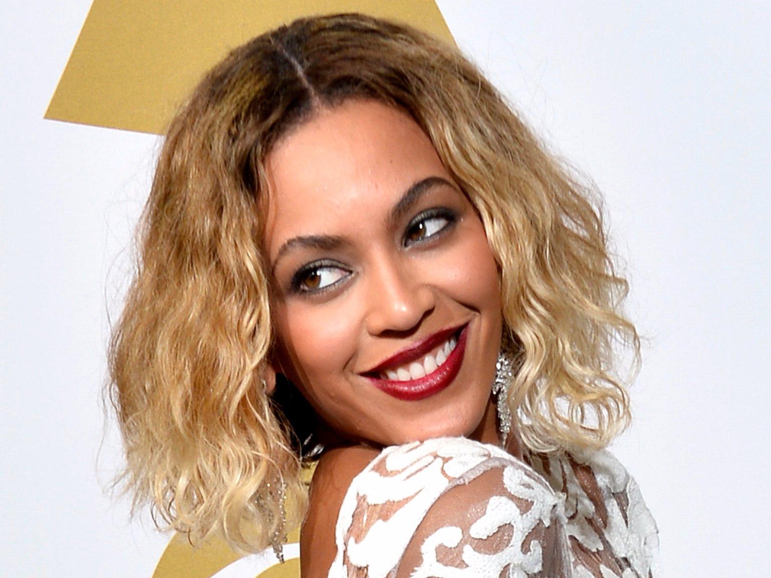 Le carré frisé de Beyoncé